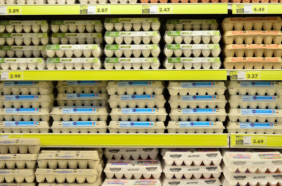 5 Best Grocery Shopping Tips that will help you slash your grocery budget every month. These simple hacks are guaranteed to help reduce spending.