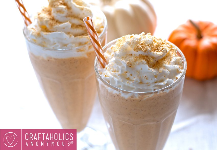 Kick that Starbucks habit with these easy to make pumpkin spiced drinks. Stop hitting up the drive through by making pumpkin spiced drinks yourself. #PumpkinRecipes #PumpkinRecipesBreafkast #PumpkinRecipesDrinks #PumpkinRecipesDrinksCold #PumpkinRecipesDrinksNonAlcholic #PumpkinRecipesDrinksHealthy #PumpkinRecipesDrinksFall #PumpkinRecipesDrinksEasy #PumpkinRecipesDrinksVegan #PumpkinSpicedLatte #PumpkinSpicedDrinks